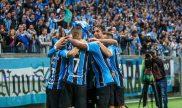 O Grêmio joga uma partida de futebol na data de hoje diante um adversário